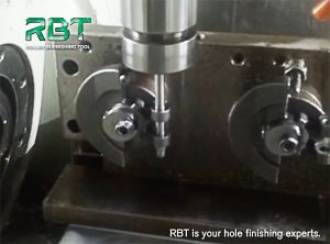 www.burnishingtoolhome.com deburring and chamfering manufacturer, deburring and chamfering suppliers, deburring and chamfering tool, deburring and chamfering tools, One-piece Construction & Single Cutting Edge, One-piece Construction & Two Cutting Edge, replaceable cutting blade deburring and chamfering tools